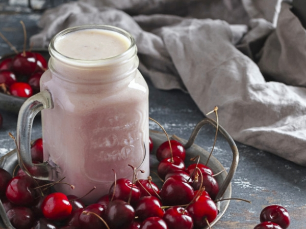 Batido de Cerezas y Leche, natural y saludable