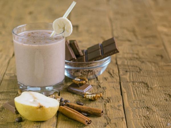 Batido de pera chocolate nueces y canela