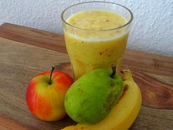 Batido de manzana, pera y plátano