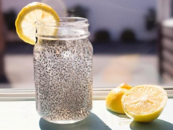 Agua de chia para adelgazar (sin azucar)