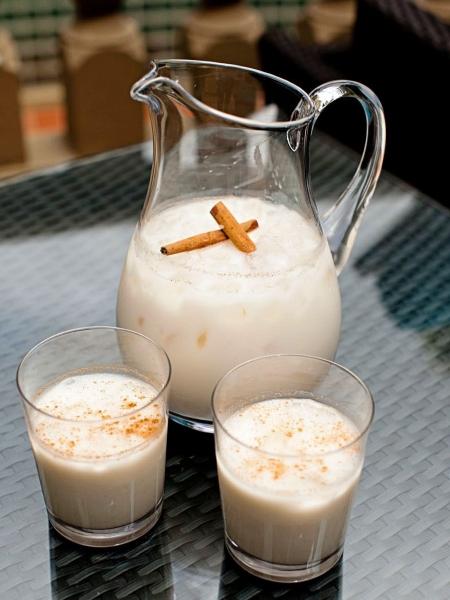 Agua de horchata con avena
