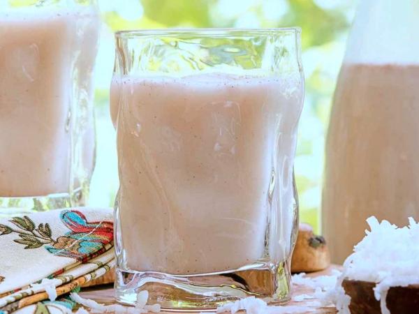 Agua de horchata con coco