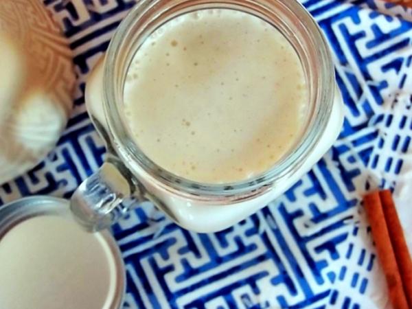 Agua de horchata con leche condensada
