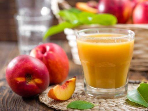 zumo de melocotón o jugo de durazno