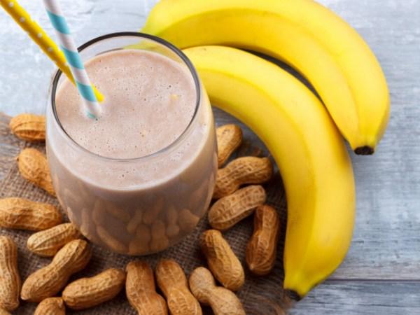 Batido de Plátano, Leche y Mantequilla de Cacahuete