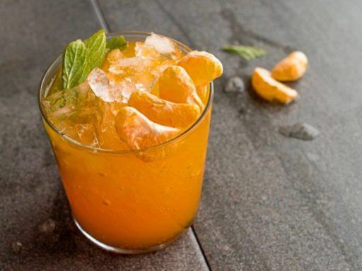 Agua de Mandarina