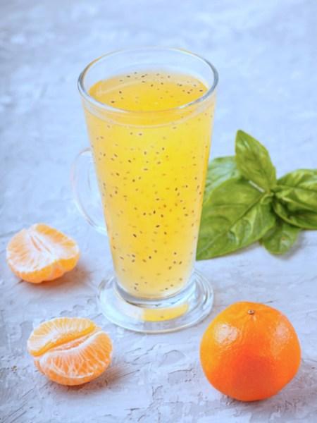 Agua de mandarina y chia