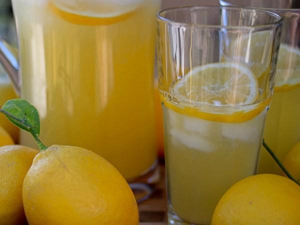 Limonada mineral natural