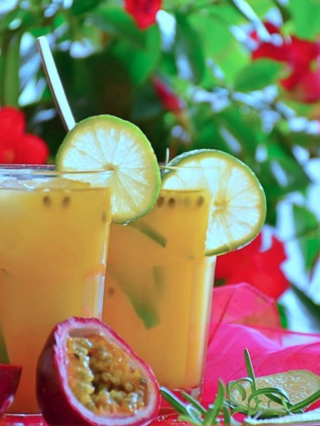 Agua de Maracuyá con Limón