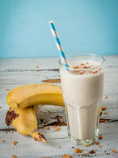 Batido de Plátano y Leche de Avena Vegano y natural
