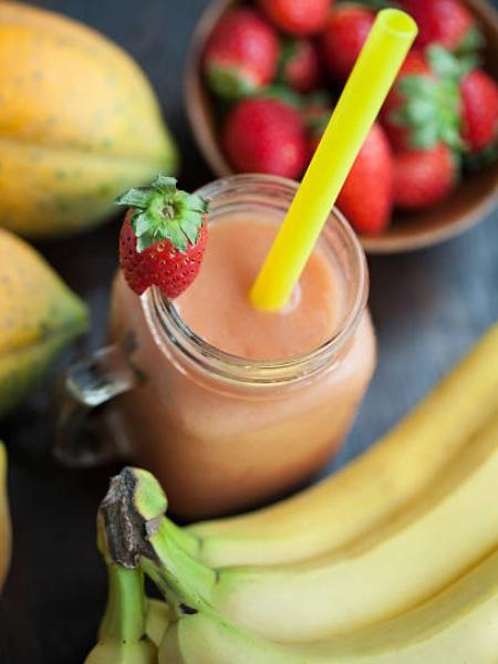 Batido o Licuado de Papaya, Fresa y Plátano