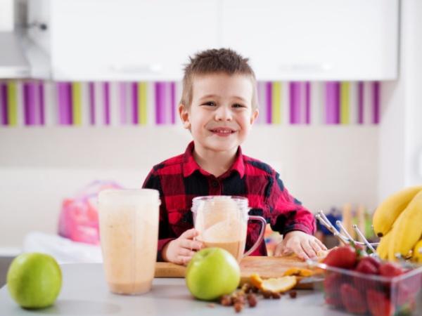 Por qué los jugos, batidos y licuados para niños son saludables y una gran idea